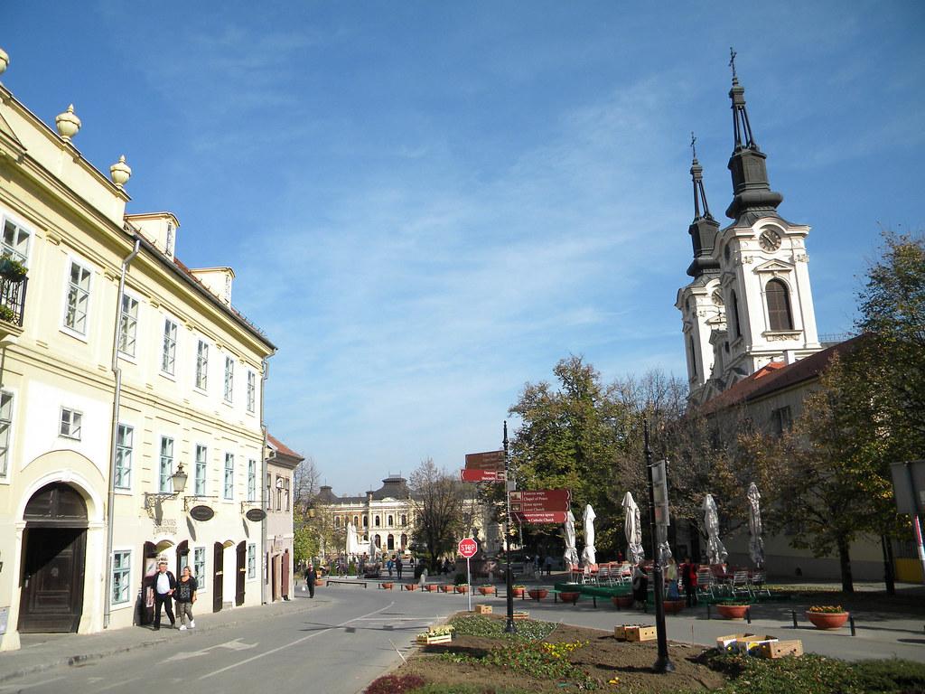 Centar Karlovaca